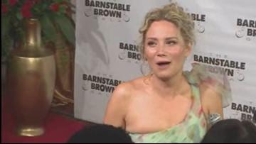 Jennifer Nettles on Barnstable Brown red carpet