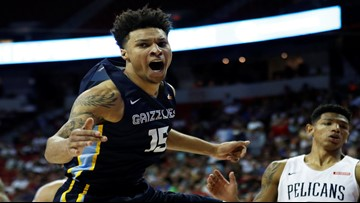 Clarke's slam in OT sends Grizzlies to Summer title game