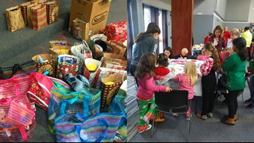 Woman brings Christmas to Hardin County foster children