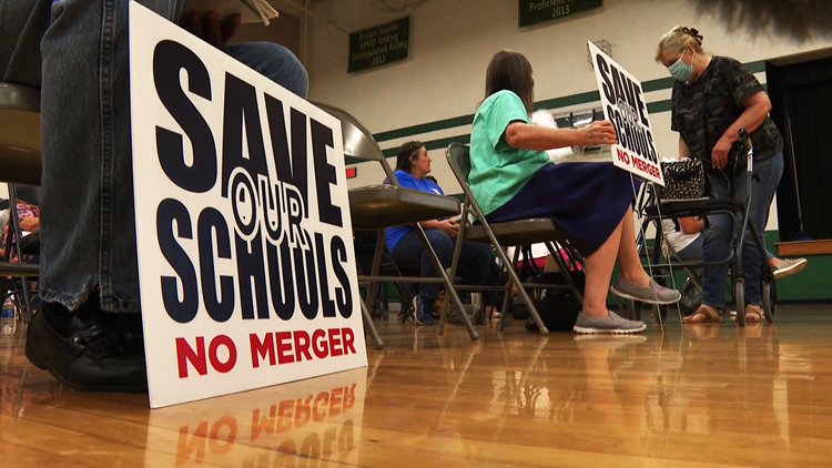 Parents raise concerns over proposal to merge Nelson County middle and high schools