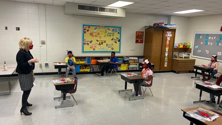 JCPS students, teachers headed back, here's what state lawmakers think