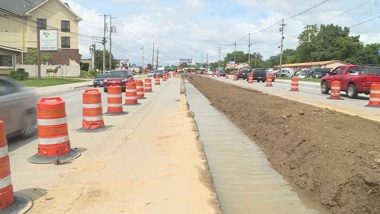 All Dixie Highway lanes back open after median construction completed