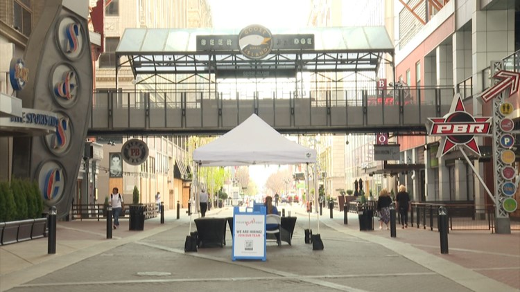 Fourth Street Live looking to bounce back; Restaurants and bars are hiring