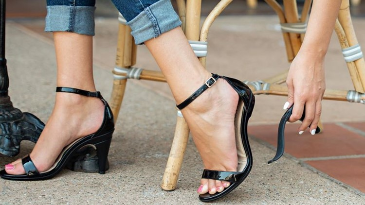 High-heel shoes that convert to flats