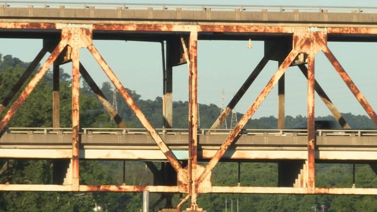 Shermon Minton bridge rust