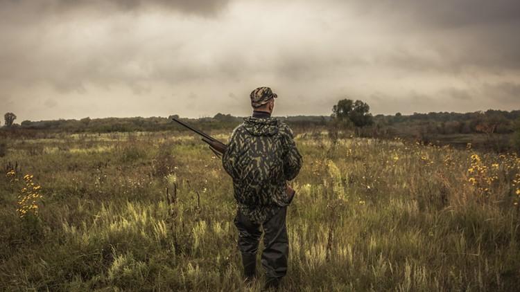 Kentucky wildlife officials use robotic deer to combat illegal hunting