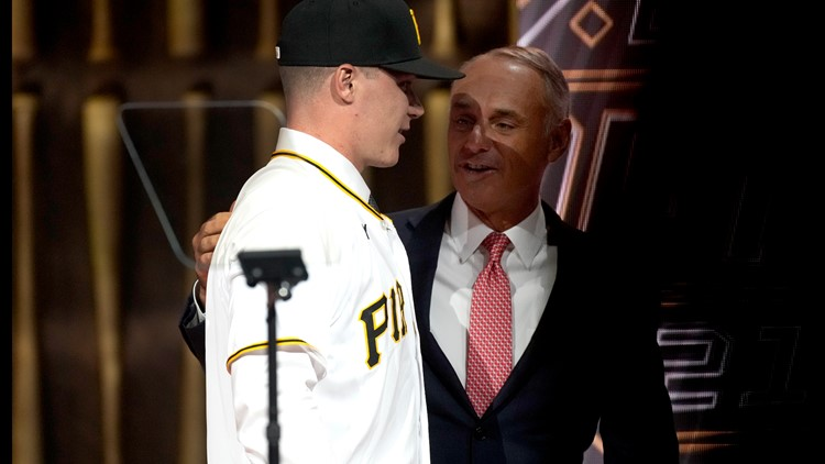 UofL baseball's Henry Davis makes history; becomes school's first No. 1 overall pick in MLB Draft