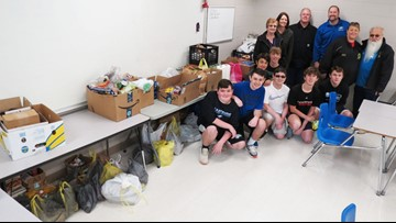 Bullitt County middle school students pack bus with food donations