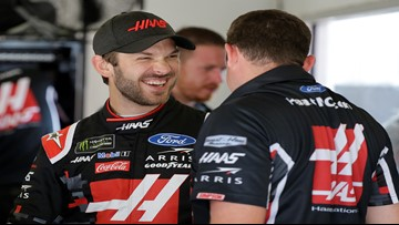Suarez and Almirola give Kentucky an all-SHR front row
