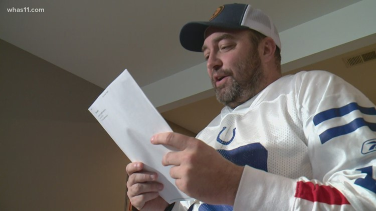 Indiana doctor sends letter to Colts GM, offers to be next quarterback or backup