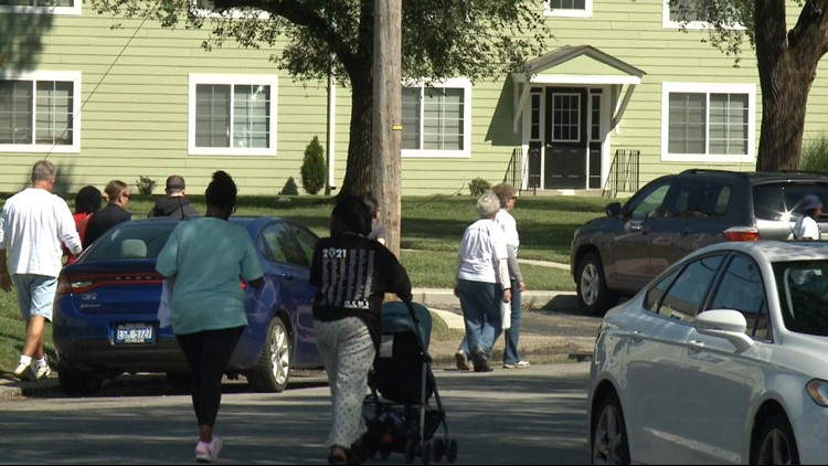 Taylor-Berry residents call for peace during march with Metro Police