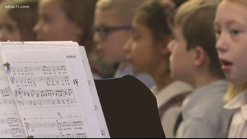 Indiana elementary school students bring holiday cheer to retirement home