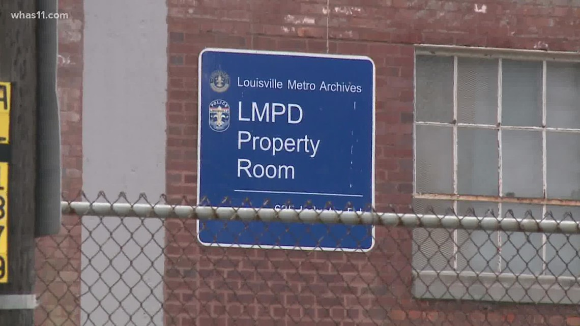LMPD officer hospitalized after gun accidentally discharged