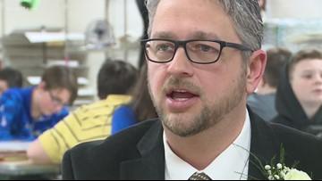 ExCEL Award: Hodgenville art teacher believes in creativity in his classroom