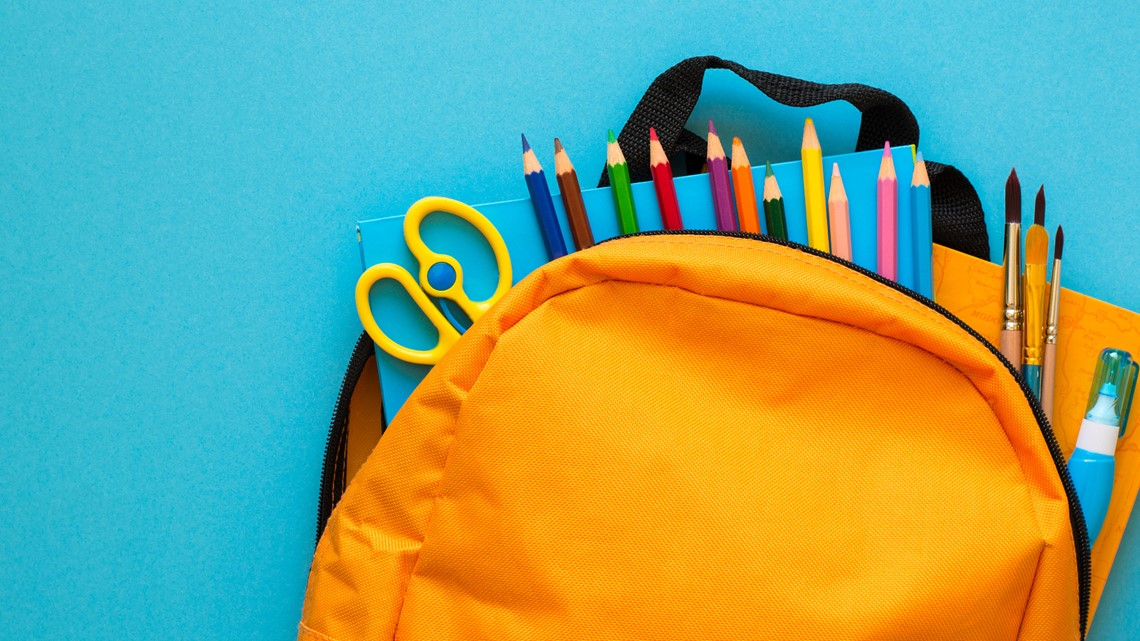 Tips for saving money on supplies during back to school shopping