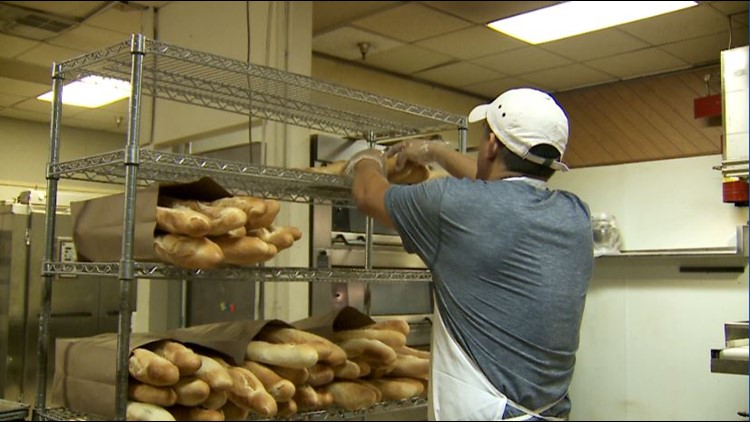 Mexican bakery looks to cook up brighter future for Louisville's growing Hispanic community