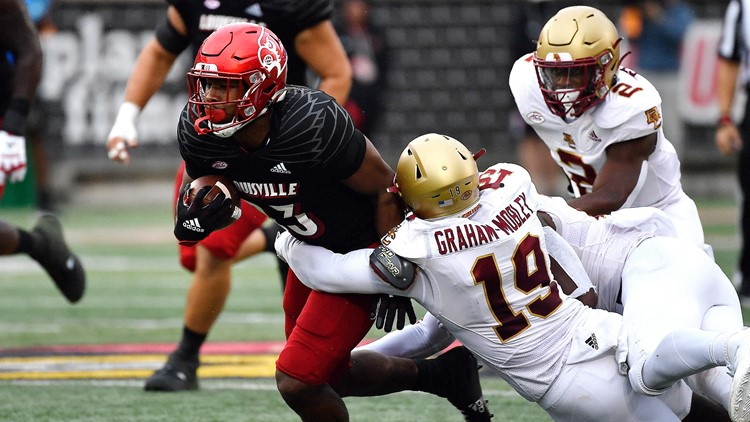 Louisville tops Boston College, Malik Cunningham rushes for 3 touchdowns