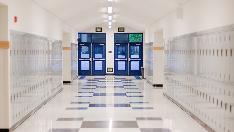 Some Kentucky schools keep mask requirements after lawmakers end statewide mandate
