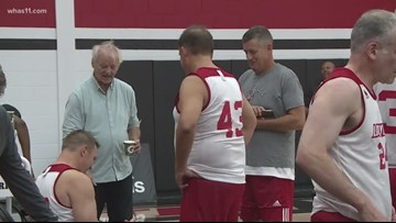 Coach Chris Mack hosts Fantasy Experience basketball camp