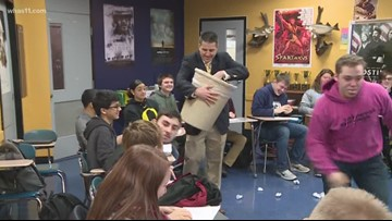 Elizabethtown High School's Travis Thompson honored with ExCEL Award