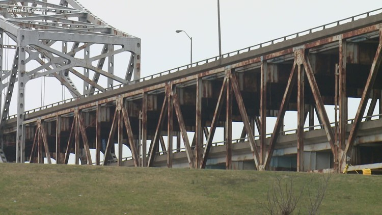 Sherman Minton Bridge lane closures begin Tuesday