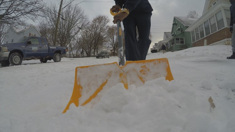 Akron man helps clear driveways for those battling breast cancer