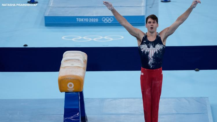 Indiana native moves to medal round on pommel horse