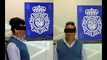 Man tries to smuggle $34K of cocaine under towering toupee, detained in Spain: police