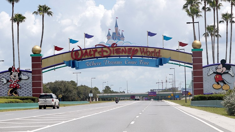 Disney World resorts offering discounts to teachers and first responders this summer