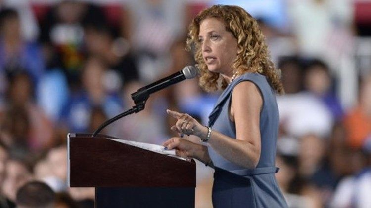Florida office of U.S. Rep. Debbie Wasserman Schultz evacuated due to suspicious package